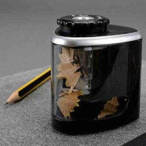 Elektrischer Anspitzer Ř 6-8 mm, batteriebetrieben, Kunststoff, schwarz, 70520